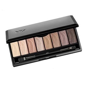 Boots No7 Nude Stay Perfect Eye Shadow Palette